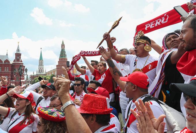 Thủ đô Nga sôi động và rực rỡ trước giờ khai mạc World Cup