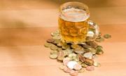 Cần Äánh thuế cao Äá» bù Äắp thiá»t hại do bia rượu gây ra