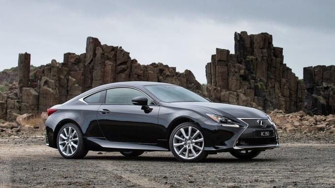 Những mẫu ôtô khách mua chủ yếu 'để ngắm' tại Mỹ