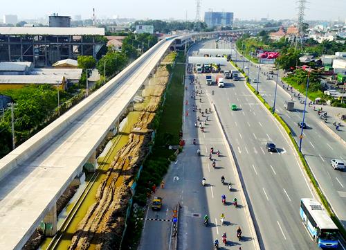 Tuyến metro Bến Thành - Suối Tiên đã xong hơn 50% khối lượng công việc. Ảnh: Quỳnh Trần.