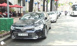 Nhiều vướng mắc, TP HCM lùi thời hạn tăng phí đậu ôtô dưới lòng đường