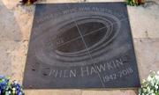 Giọng nói của Stephen Hawking được truyền đến hố đen