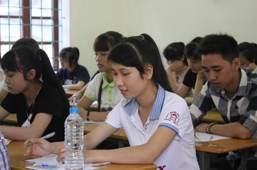 Học sinh Nghệ An tại kỳ thi THPT quốc gia 2016. Ảnh: Nguyễn Hải.