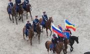 Kỵ binh Nga phô diễn sức mạnh tại thành phố tổ chức World Cup