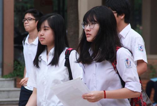 Thí sinh sẽ phải làm bài thi đánh giá năng lực để tuyển vào lớp 10 THPT chuyên Ngoại ngữ. Ảnh minh họa: Dương Tâm.