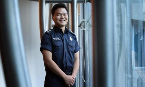 Sĩ quan Gim Joo Hyung, người được giao nhiệm vụ phiên dịch cho phái đoàn Triều Tiên. Ảnh: Straits Times.
