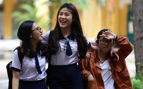 Thí sinh dự thi THPT quốc gia năm 2017 tại TP HCM. Ảnh: Quỳnh Trần.