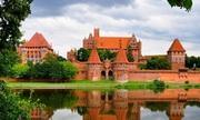 Lâu đài lớn nhất thế giới nằm ở quốc gia nào?