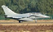 Không quân Pháp đổi lịch hoạt động để học sinh thi tốt nghiệp