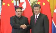 Kim Jong-un gặp Tập Cận Bình, duyệt đội danh dự tại Bắc Kinh