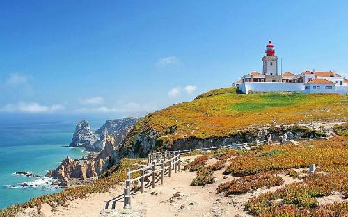 Mũi biển Cabo da Roca. Ảnh: Experi