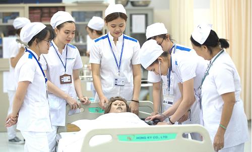 96% sinh viên Đại học Quốc tế Miền Đông có việc làm khi tốt nghiệp - 1