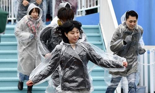 Người dân Nhật Bản diễn tập sơ tán hồi tháng 1. Ảnh: Reuters.