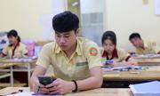 Sĩ tử Sài Gòn học bài đến khuya trước kỳ thi THPT quốc gia