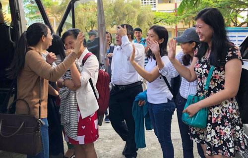 Đoàn công tác Đại học Nông Lâm TP HCM coi thi tại Gia Lai. Ảnh: Đình Lý.