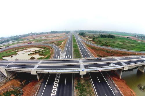 Bộ Giao thông đang đẩy nhanh tiến độ các dự án cao tốc Bắc Nam. Ảnh minh họa: Giang Huy