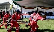 Khoảnh khắc bom phát nổ gần Tổng thống Zimbabwe