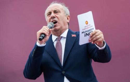 Ứng viên Muharrem Ince của đảng Cộng hòa Nhân dân. Ảnh: AFP.