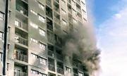 Cháy căn hộ chung cư ở Sài Gòn, hàng trăm người náo loạn