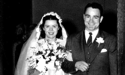 Rosanne và Karle Seydel trong lễ cưới vào ngày 24/4/1948. Ảnh: CNN.