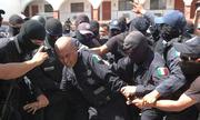Mexico bắt 28 cảnh sát liên quan vụ sát hại ứng viên thị trưởng