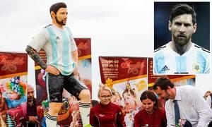 Người Nga làm bánh khổng lồ mừng sinh nhật Messi