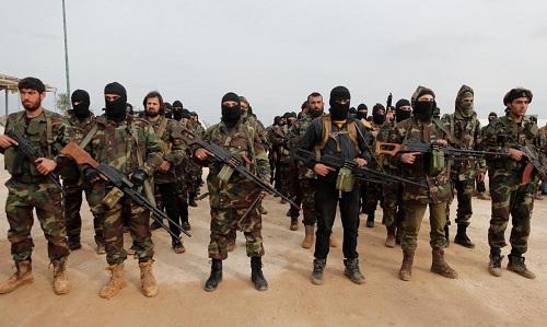 Các tay súng của tổ chức Quân đội Syria Tự do (FSA). Ảnh: Reuters.