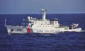 Tàu Trung Quốc áp sát quần đảo tranh chấp với Nhật Bản