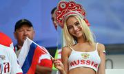Sao khiêu dâm Nga gây chú ý khi tái xuất trong trận gặp Uruguay