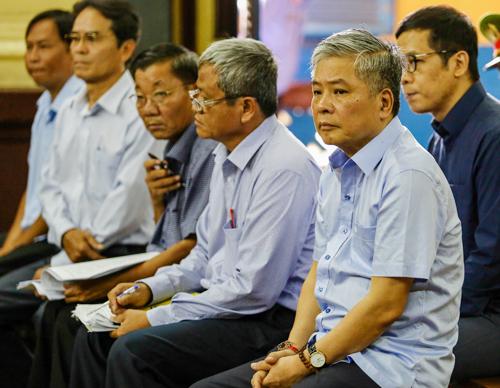 Các bị cáo trong ngày thứ hai hầu tòa. Ảnh: Thành Nguyễn.