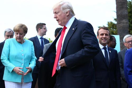 Tổng thống Mỹ Trump, cùng các lãnh đạo G7 tại Canada cuối tháng 5. Ảnh: Reuters.