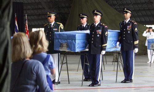 Hài cốt lính Mỹ được hồi hươngnăm 2000. Ảnh: AFP.
