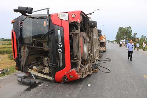Chiếc xe trong vụ tai nạn. Ảnh: Nguyễn Hải.