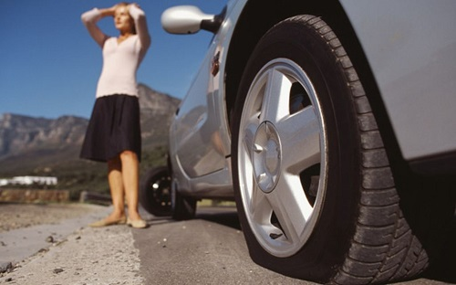 Chạy xe với lốp non hơi thường xuyên sẽ làm giảm tuổi thọ của bộ lốp. Ảnh: Autostadt.