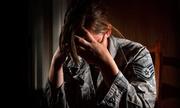 Nỗi sợ bị đồng đội cưỡng bức của một nữ cựu binh Mỹ