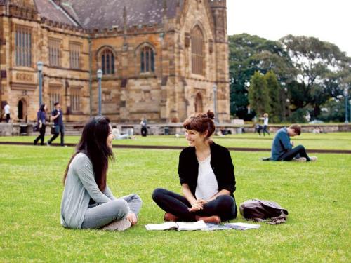 Phỏng vấn tiếp nhận hồ sơ du học Australia - 1