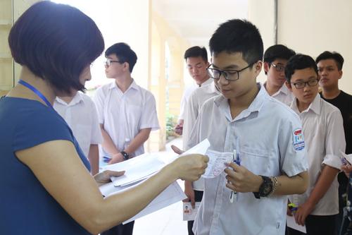 Học sinh Hà Nội thi vào lớp 10. Ảnh: Ngọc Thành