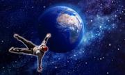 Nguy cơ mất mạng khi con người bước vào chân không vũ trụ