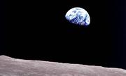 Bức ảnh Trái Đất mọc đi vào lịch sử