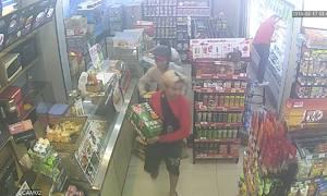 Hàng loạt cửa hàng tiện lợi ở TP HCM bị cướp lúc đêm khuya
