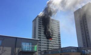 Cháy chung cư 21 tầng ở London, người dân hoảng loạn tìm lối thoát