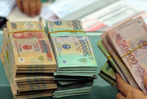 Lương cơ sở từ 1/7 sẽ tăng thêm 90.000 đồng.Ảnh: PV