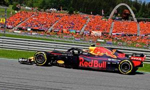 Verstappen về nhất tại Grand Prix Áo