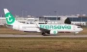 Vi khuẩn ăn thịt người buộc máy bay hạ cánh khẩn cấp