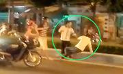 Tài xế taxi bỠhạ knock out sau va chạm giao thông