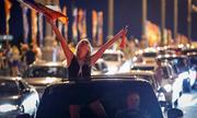 Người Nga mở tiệc thâu đêm mừng chiến thắng lịch sử tại World Cup