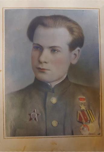 Trung úy Victor Chernyshenko. Ảnh: War History.
