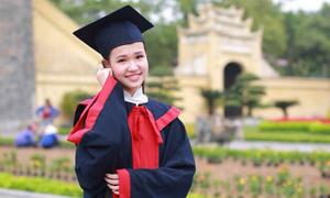 Nữ sinh đỗ ba trường THPT chuyên ở Hà Nội