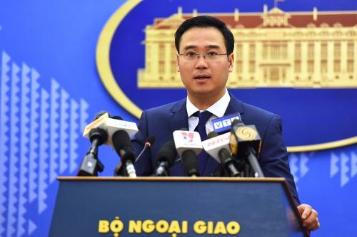 Phó phát ngôn viên Bộ Ngoại giao Ngô Toàn Thắng. Ảnh: Giang Huy.