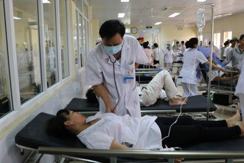 67 công nhâ đang được điều trị tại bệnh viện. Ảnh: B.M